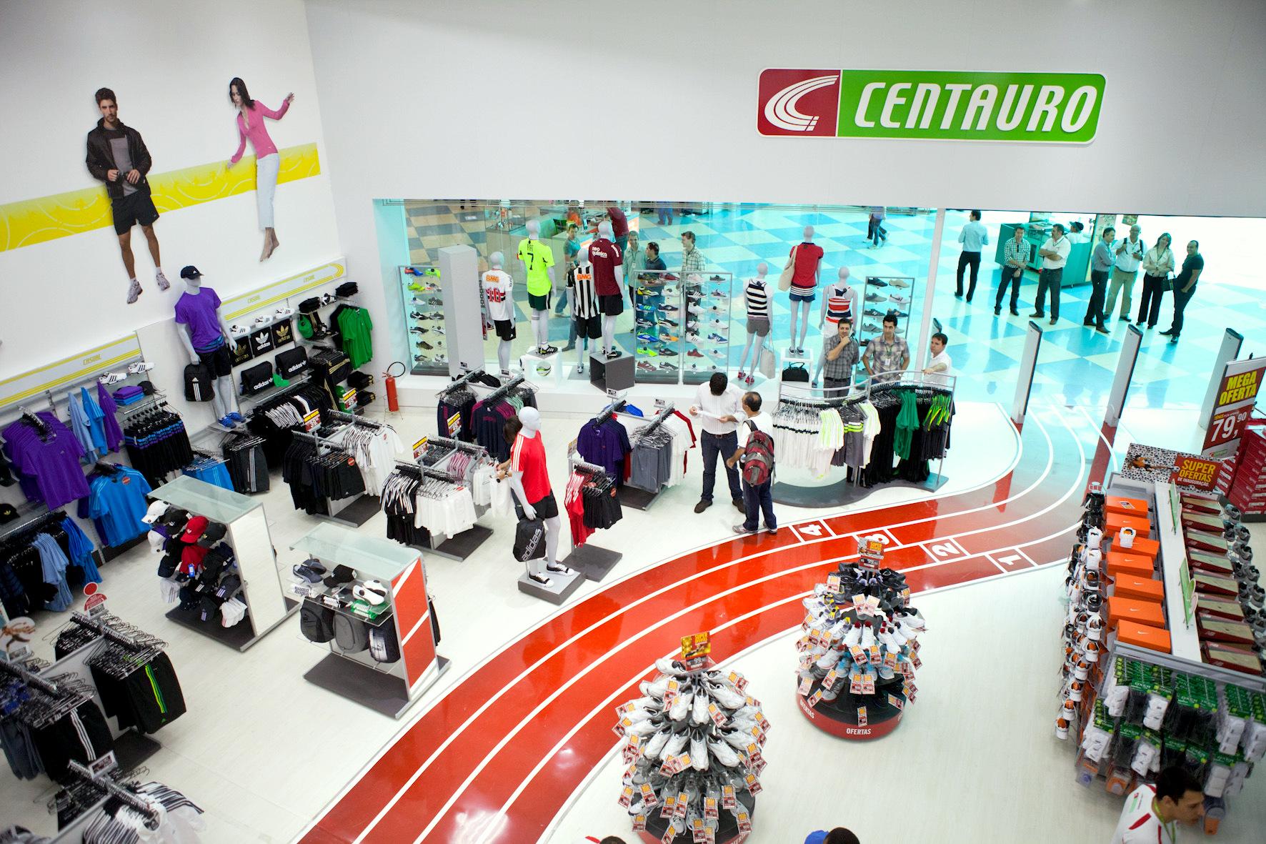 5e627ebcc Datafolha elege Centauro como a melhor loja de material esportivo ...